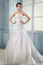 2013 Elegant Appliques Wedding Bridal Dress Court Train Ruching