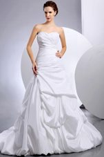 Pick-ups Ruching Court Train 2013 Beautiful Wedding Dress