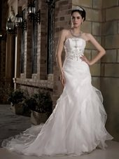 Popular A-line Court Appliques Wedding Dress Organza