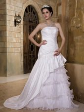 Popular A-line Appliques Wedding Dress Strapless Court