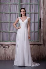 V-neck Appliques Brush Train Wedding Bridal Dresses Chiffon