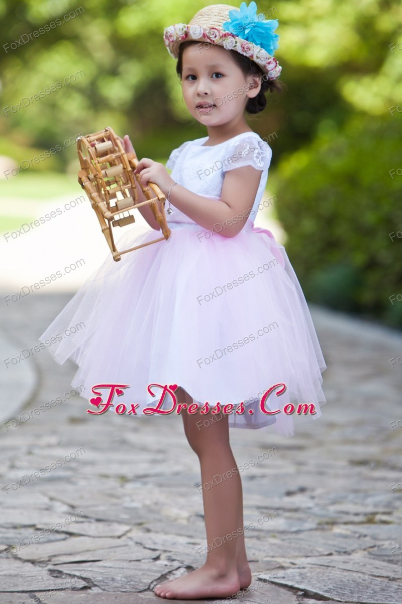 cute and shinning dresses for flower girls