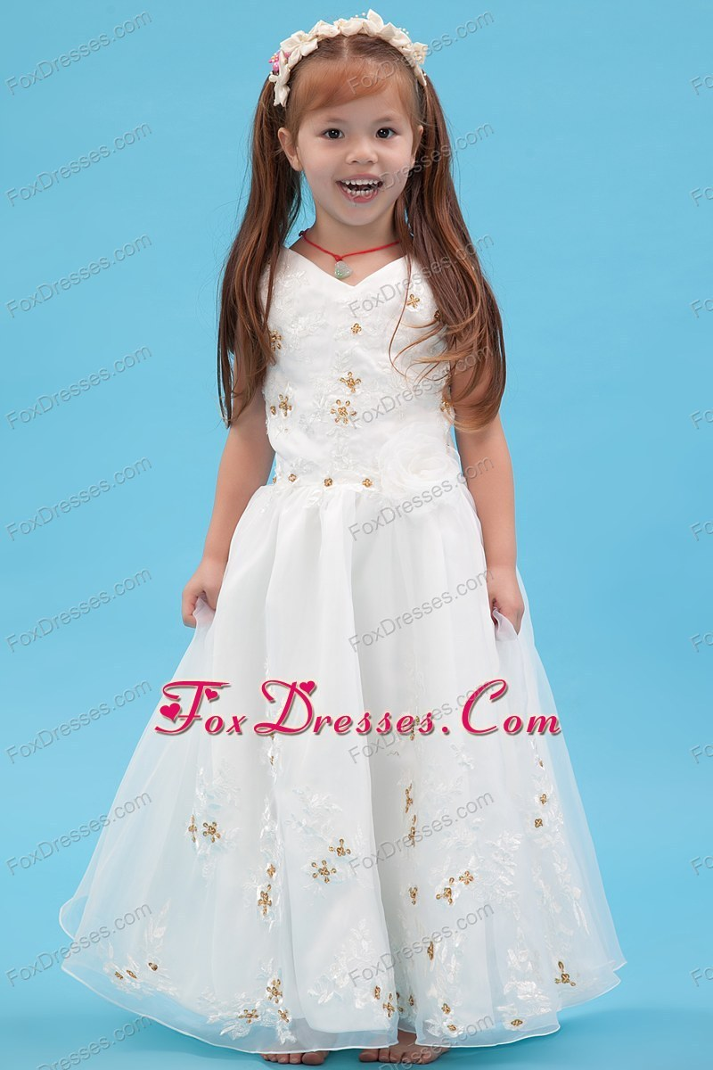 Beading and Appliques White A-line Floor-length Pretty Girls Party Dresses