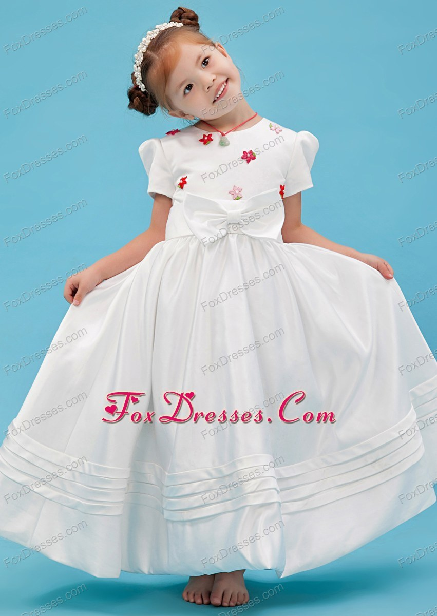 White A-line Scoop Sash Flower Girl Dress with Short Sleeves