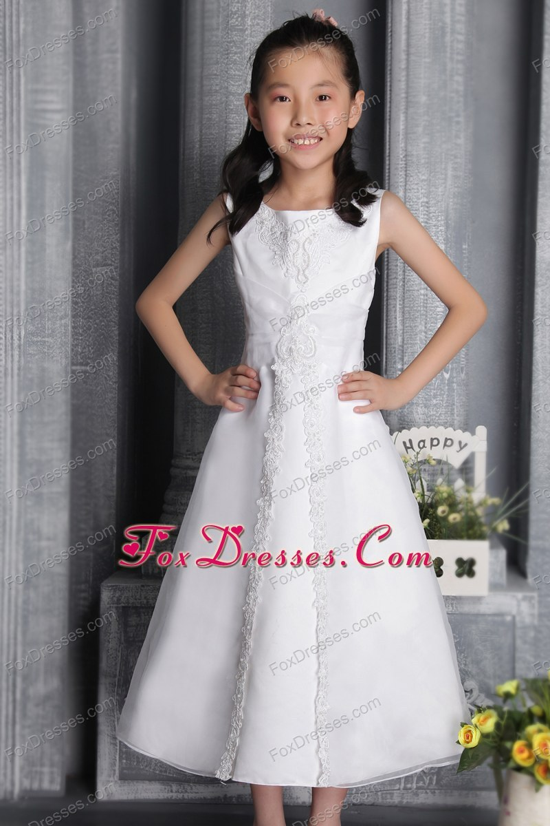 White Scoop Tea-length Flower Girl Dress with Appliques