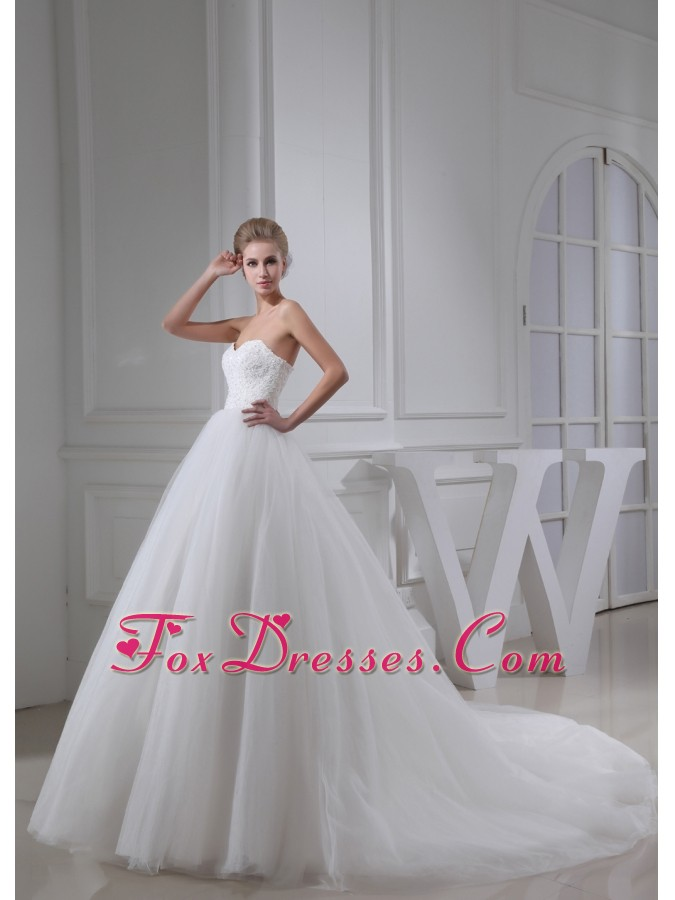 how to dress wedding dresses and bridesmaid dresses around 200