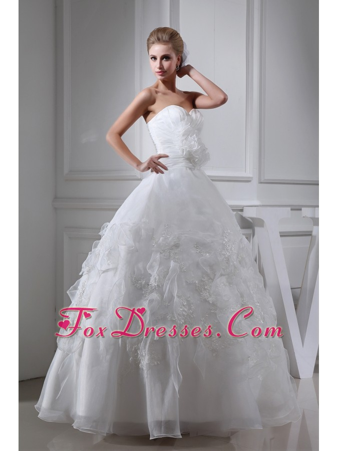 Appliques Ruching Sweetheart Ball Gown Wedding Dress