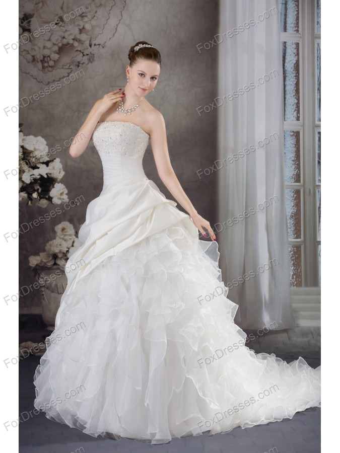 romantic wedding reception strapless dresses for bride