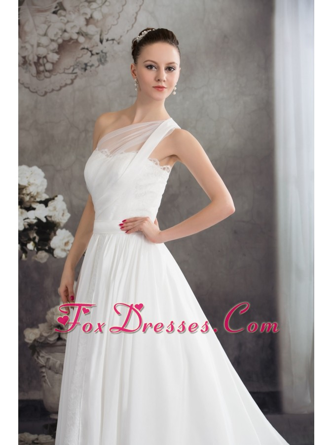 where to buy cute wedding dress for celebrity