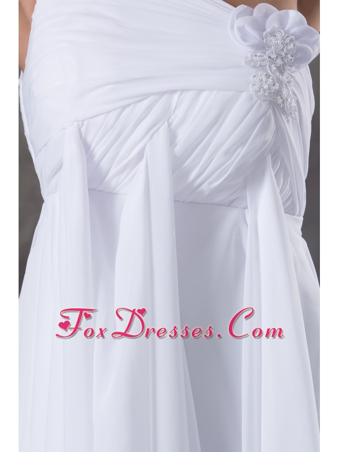 best wedding dresses for the bride with court train