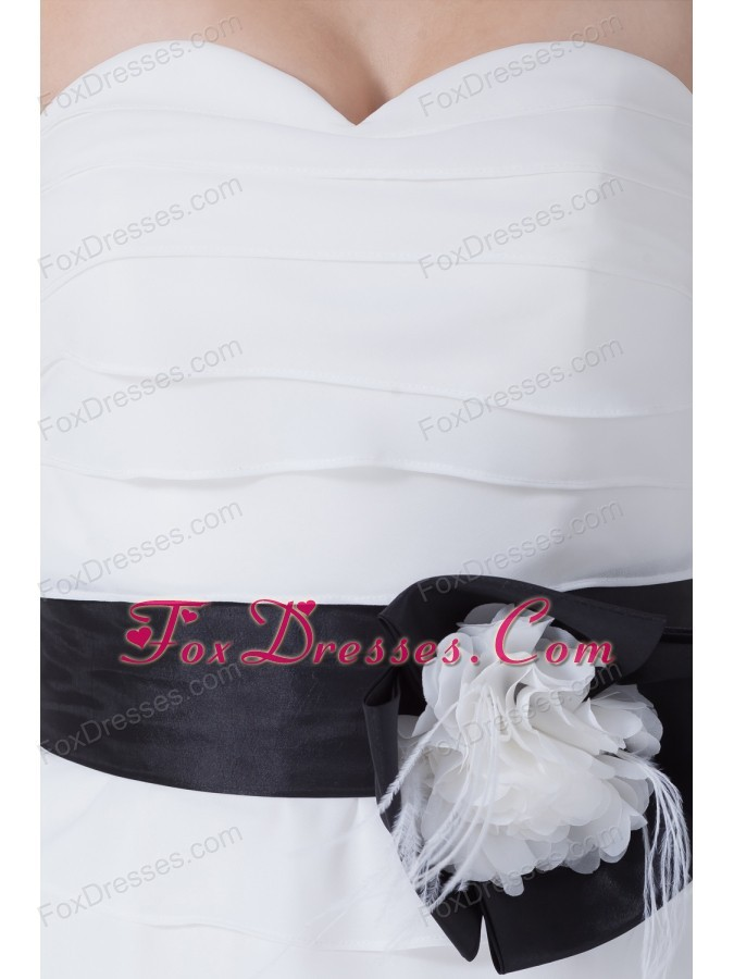well-packaged zipper up bridals wedding dresses