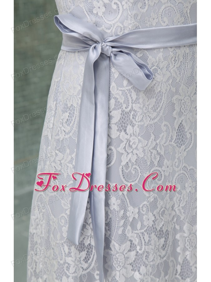 wedding gown for feminie dress