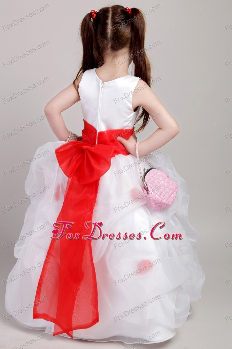 Lovely Pick-ups Appliques Flower Girl Dress For Wedding Party