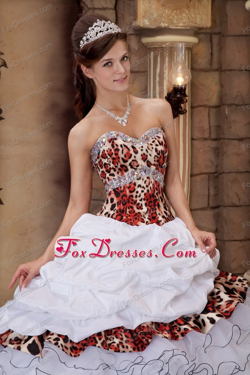 classical floor length dresses for a quinceanera