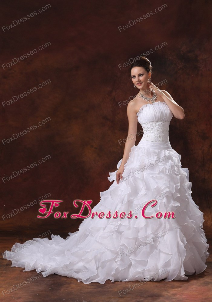 2013 Appliques Ruffles Wedding Gown Dress Chapel Train