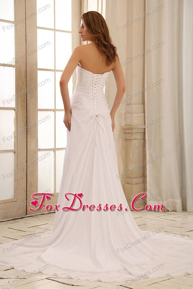 april spring mothers day sleeveless bridal gowns