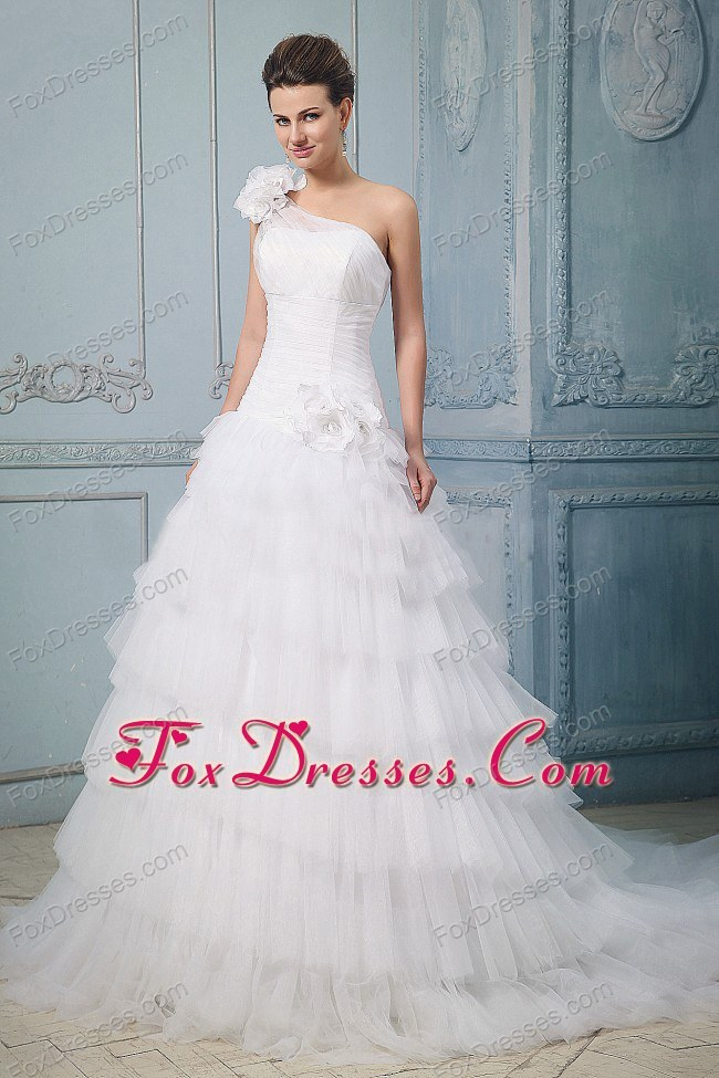 Luxurious Wedding Dress Ruffled Layered One Shoulder Floral