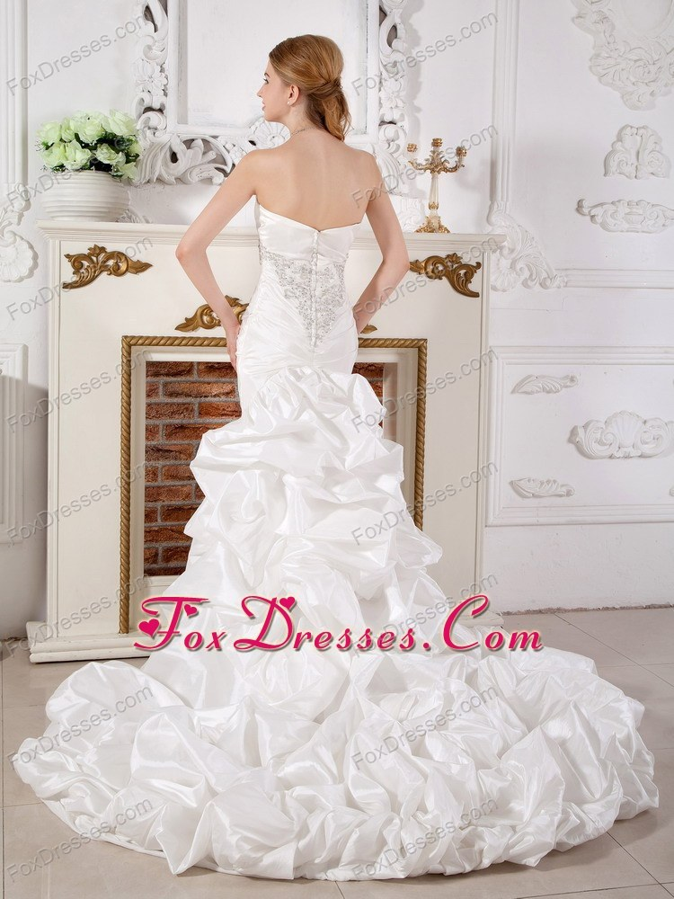 sleeveles best seller bridal dresses