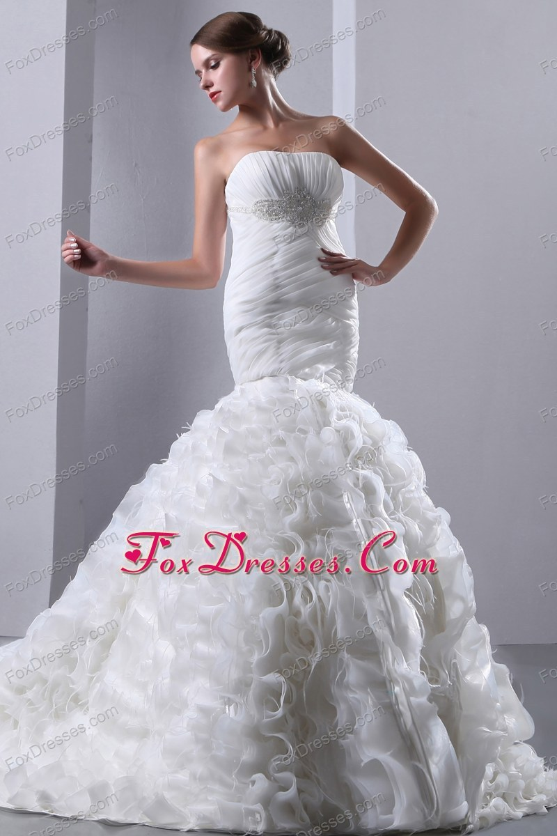 perfect sleeveless bridal gown