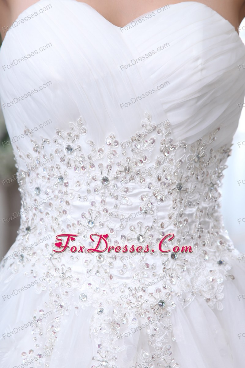 amazing bridal dresses for the bride