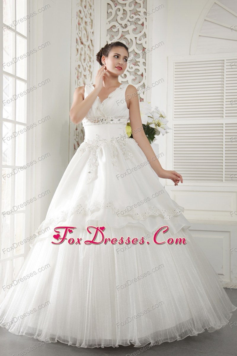 2013 Ivory A-line V-neck Organza Beading Ruch Wedding Dress