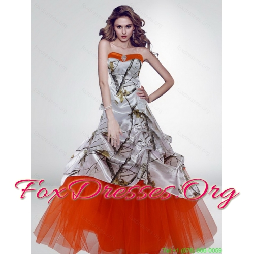 Popular A Line Strapless Camo Wedding Dresses with Brush Train