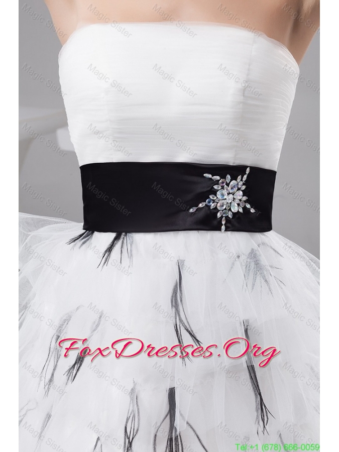 2016 Exquisite Belt and Ruffled Layers White Short Prom Dresses