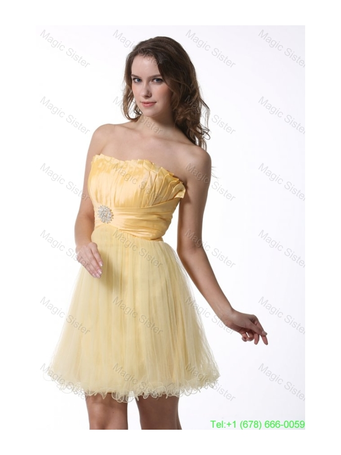 A-line Light Yellow Strapless Bridesmaide Dress with Ruching Mini-length