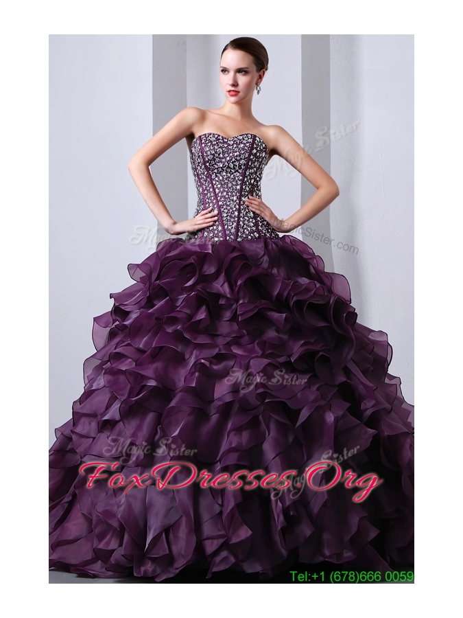 2016 Fashionable Sweetheart Beading and Ruffles Quinceanea Dresses with Brush Train
