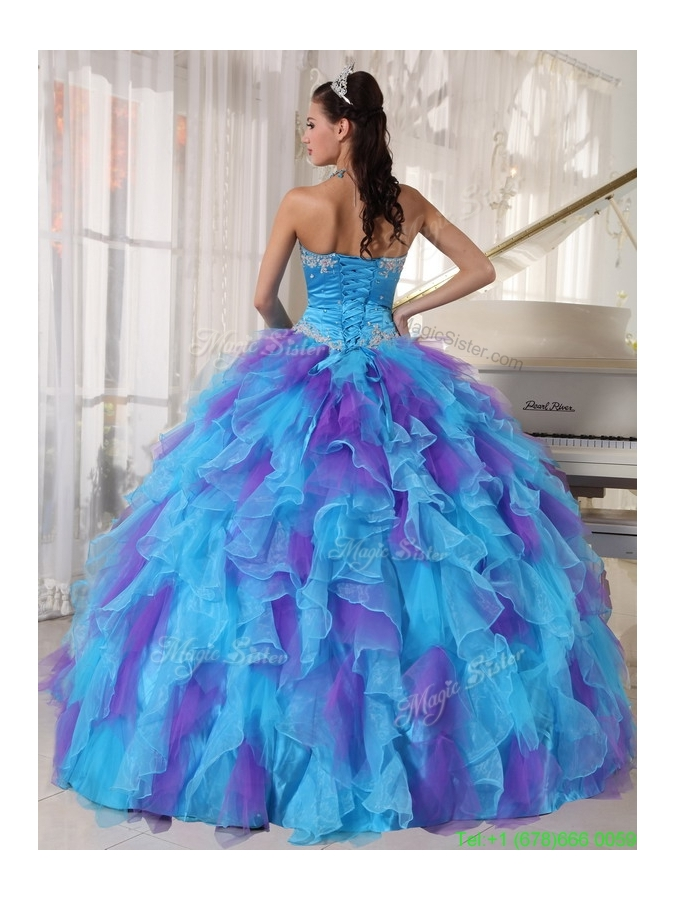 2016 Pretty Ball Gown Beading and Appliques Quinceanera Dresses