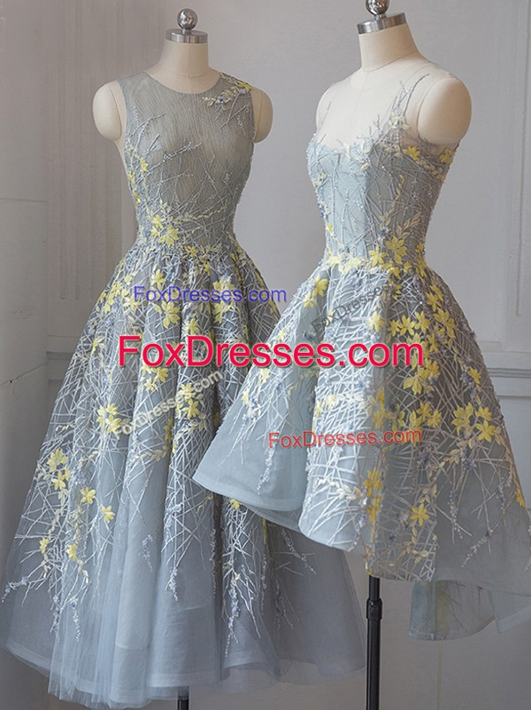 Grey A-line Lace Dama Dress Criss Cross Tulle Sleeveless Tea Length