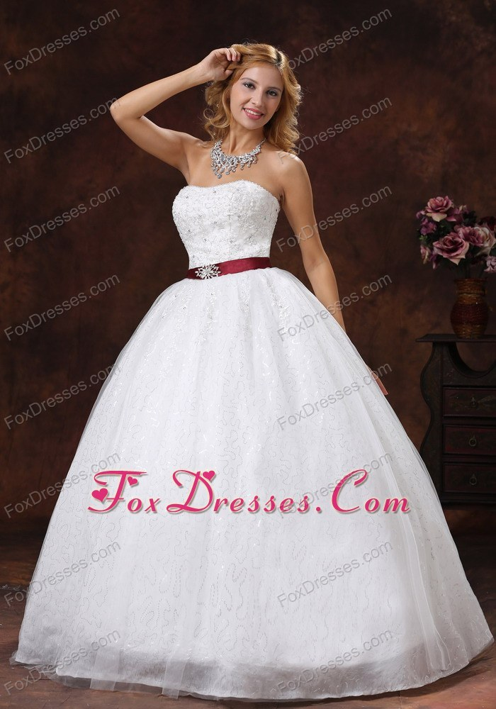 2013 2014 beading wedding dress for rent