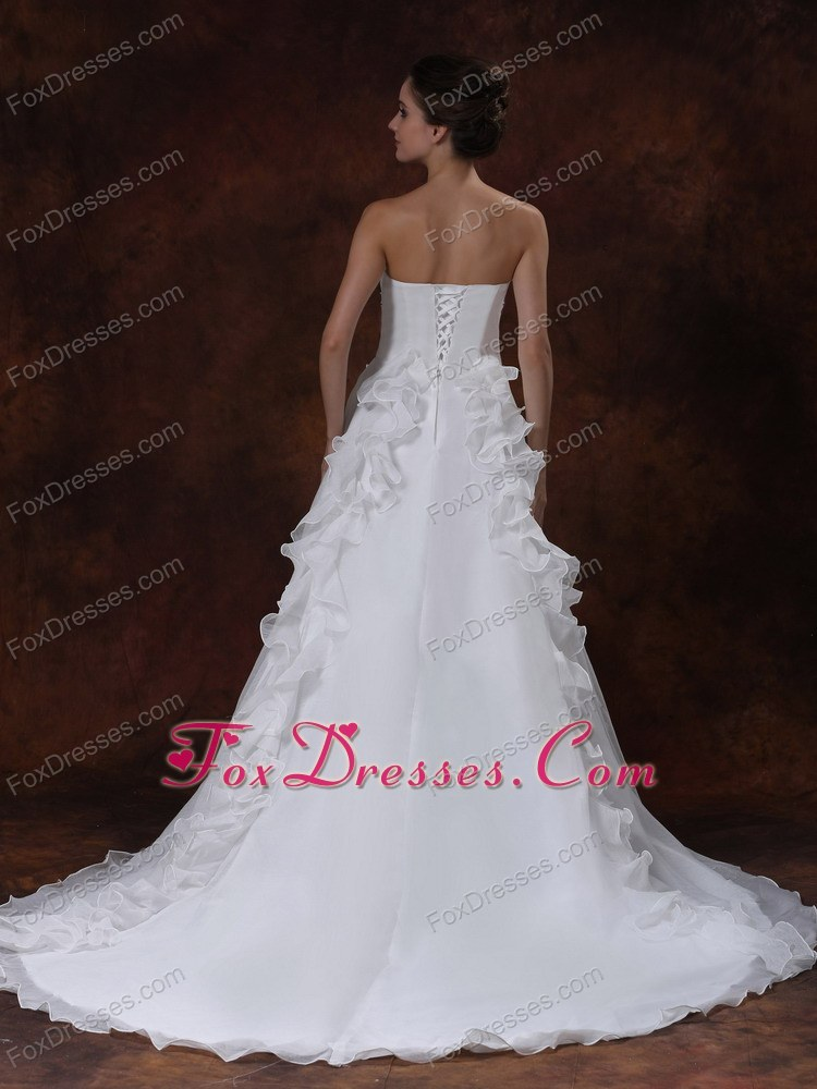 2014 special court train wedding gown