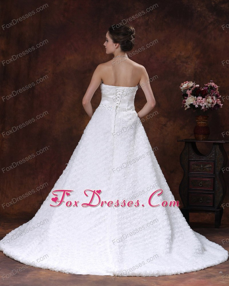2013 on sale wedding gown with a line silhouette