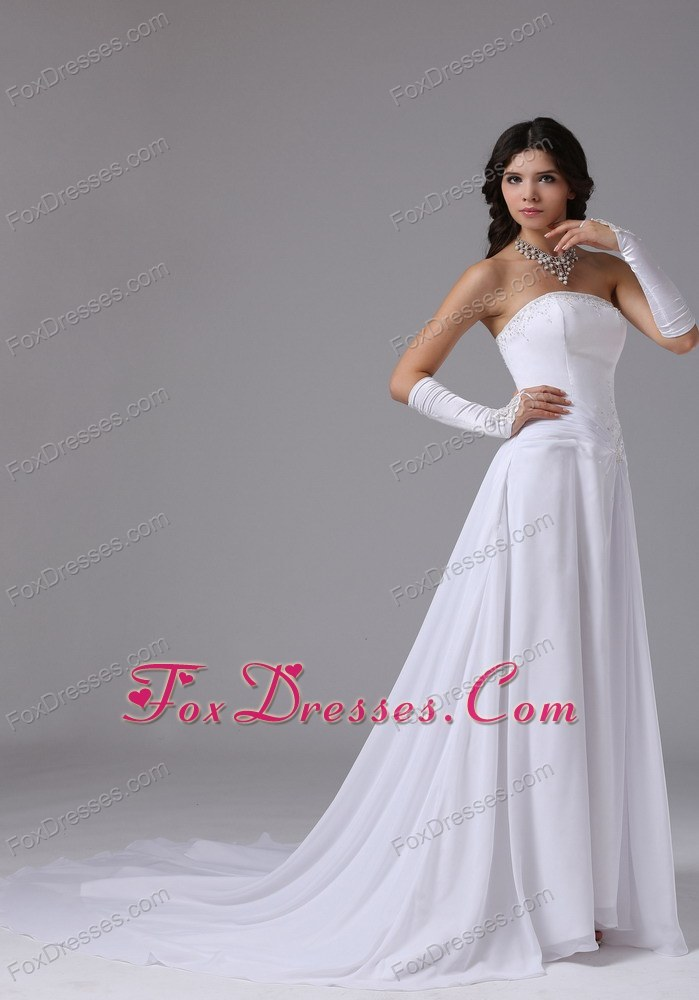 2013 2014 stylish wedding gown with sleeveless