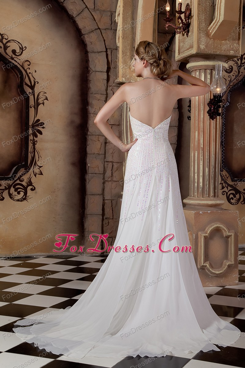 gorgeous wedding dress under 200