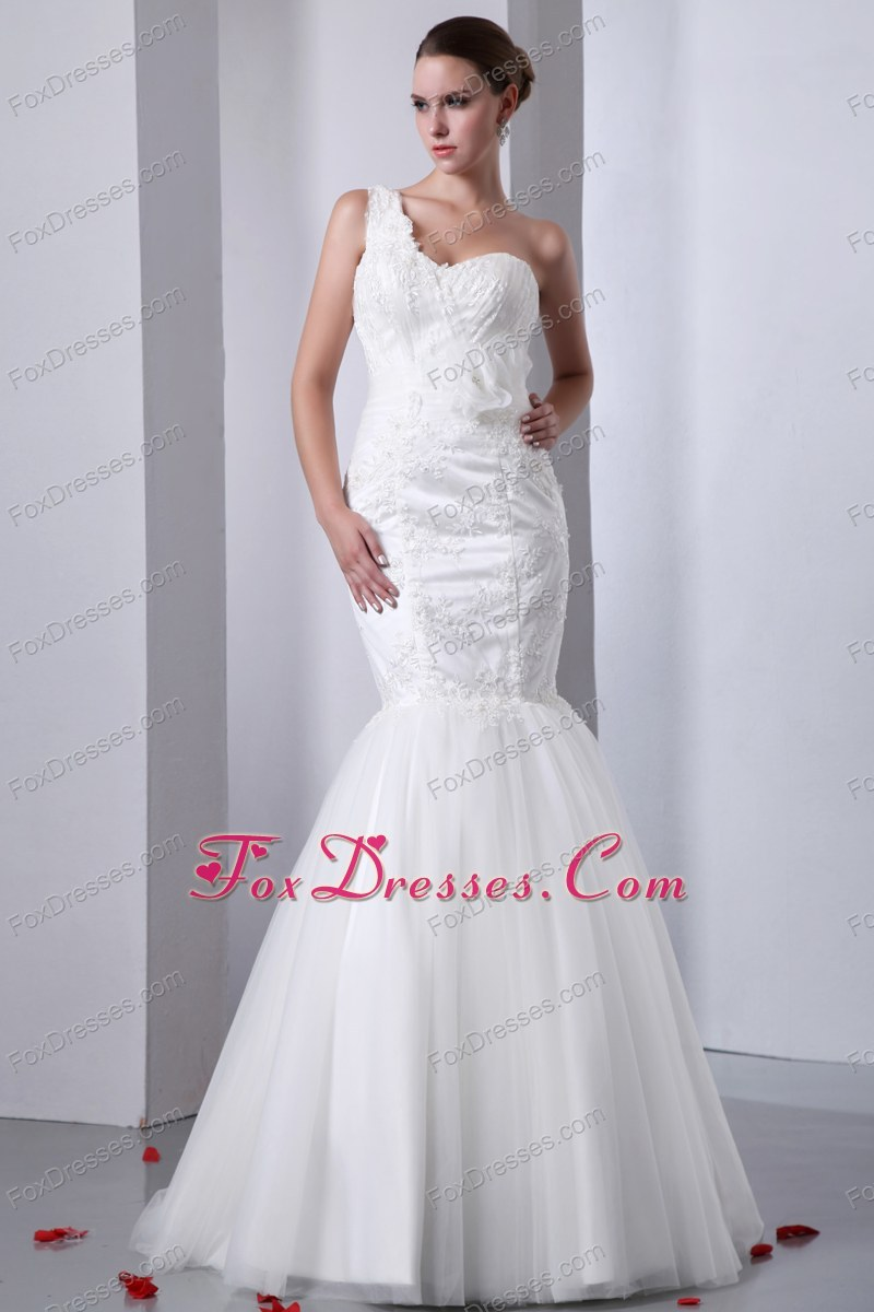 under 250 dollars bridal gowns