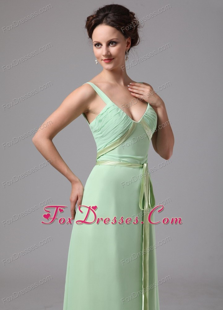winter modern on sale chiffon cocktail dresses for a wedding party