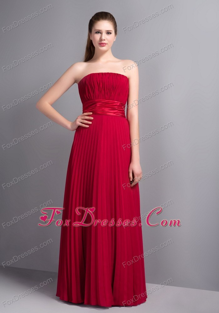 Wine Red Pleated Strapless Bridesmaid Dresses Column