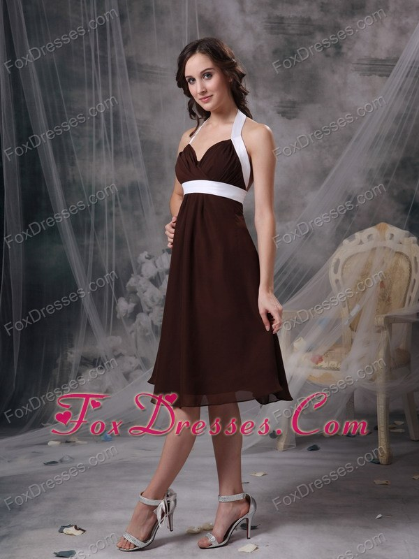 Knee-length Brown Halter Bridesmaid Dresses with Ruches