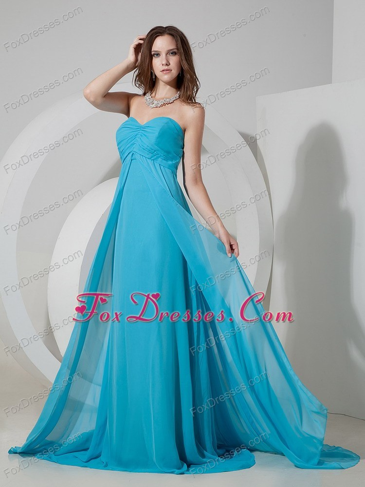 beautiful prom party dress for the 25th anniversary party