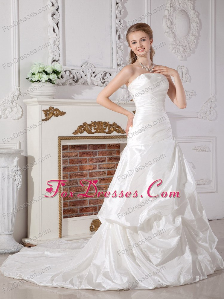 white one piece strapless wedding dress