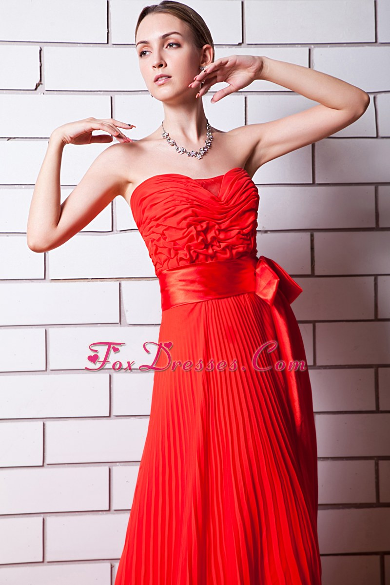Red Strapless Chiffon Pleated Ruched Prom Dress with Sash