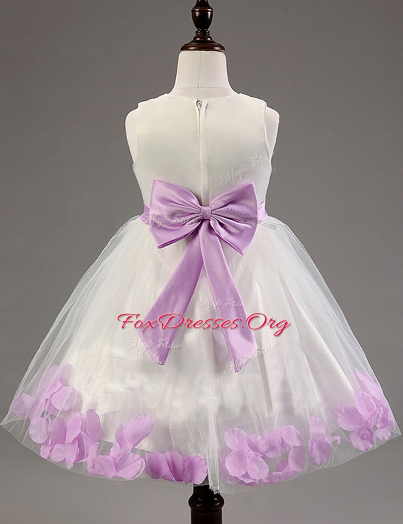 Fashion Scoop White Tulle Zipper Flower Girl Dress Sleeveless Floor Length Appliques and Bowknot and Hand Made Flower