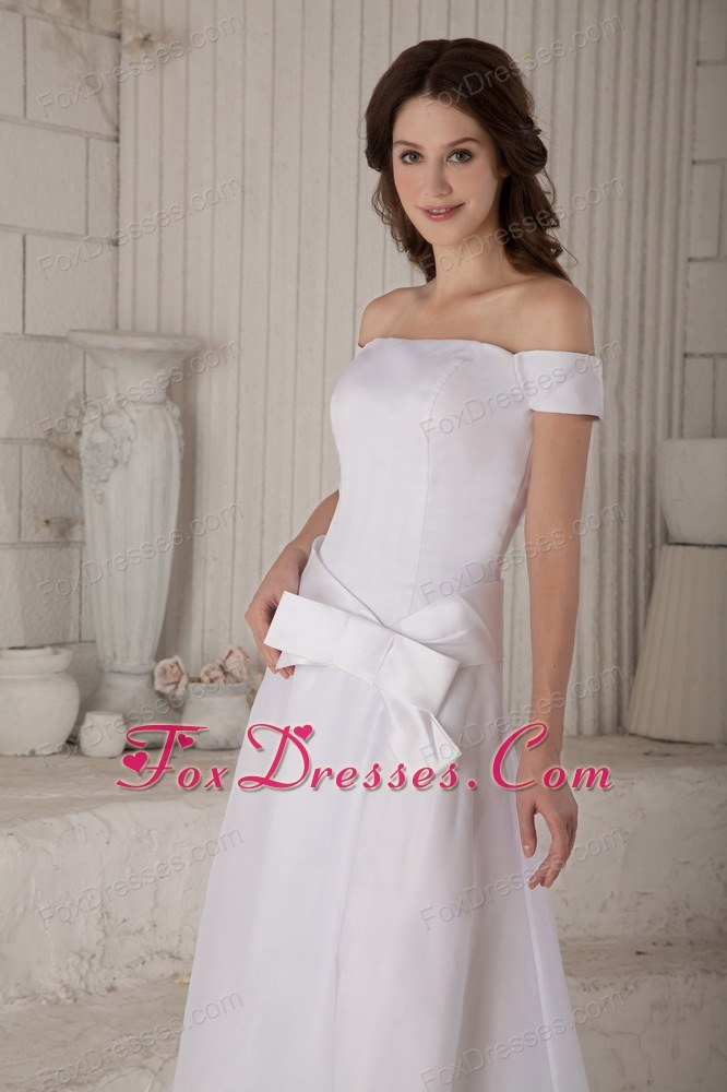 perfect sparkly bridal dress for feminie dress