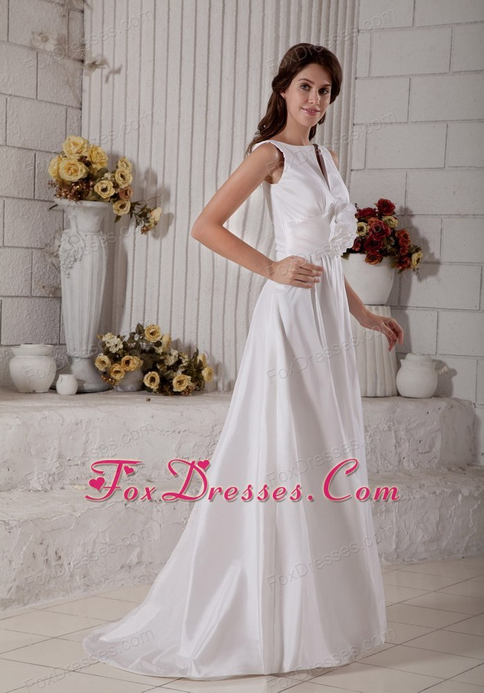 good white quality end of year bridal gown
