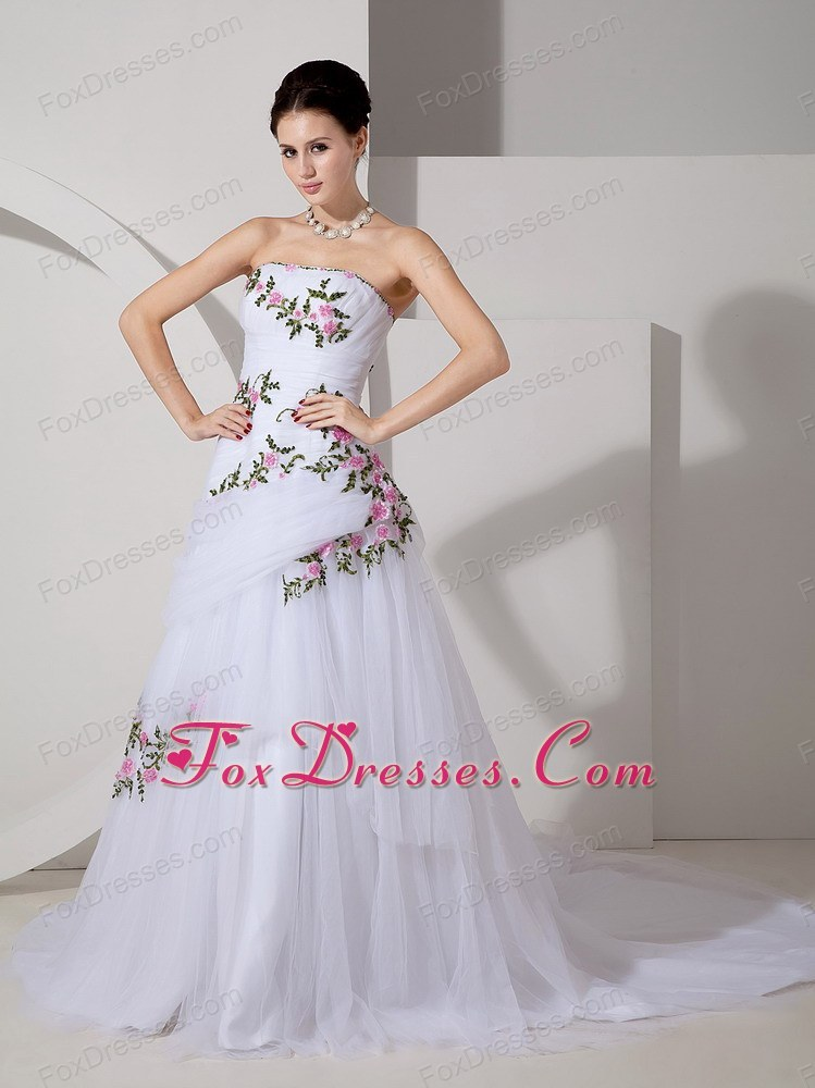 Pretty Appliques Ruched Wedding Dress Court Train Tulle