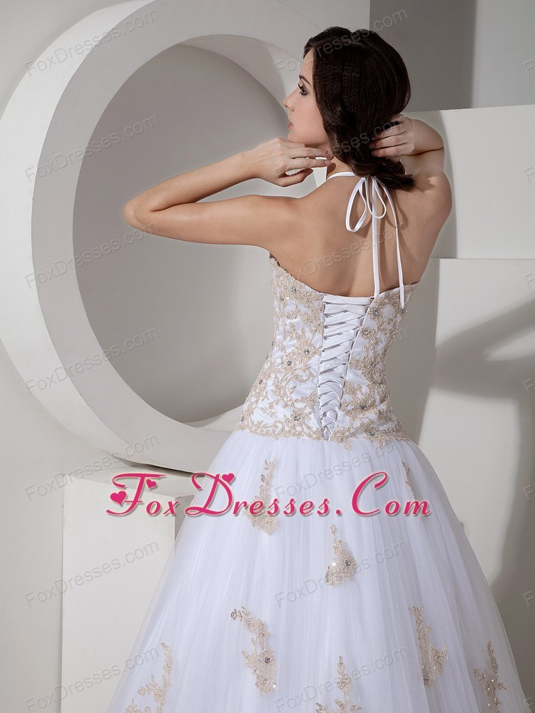 perfect wedding dress for feminie dress