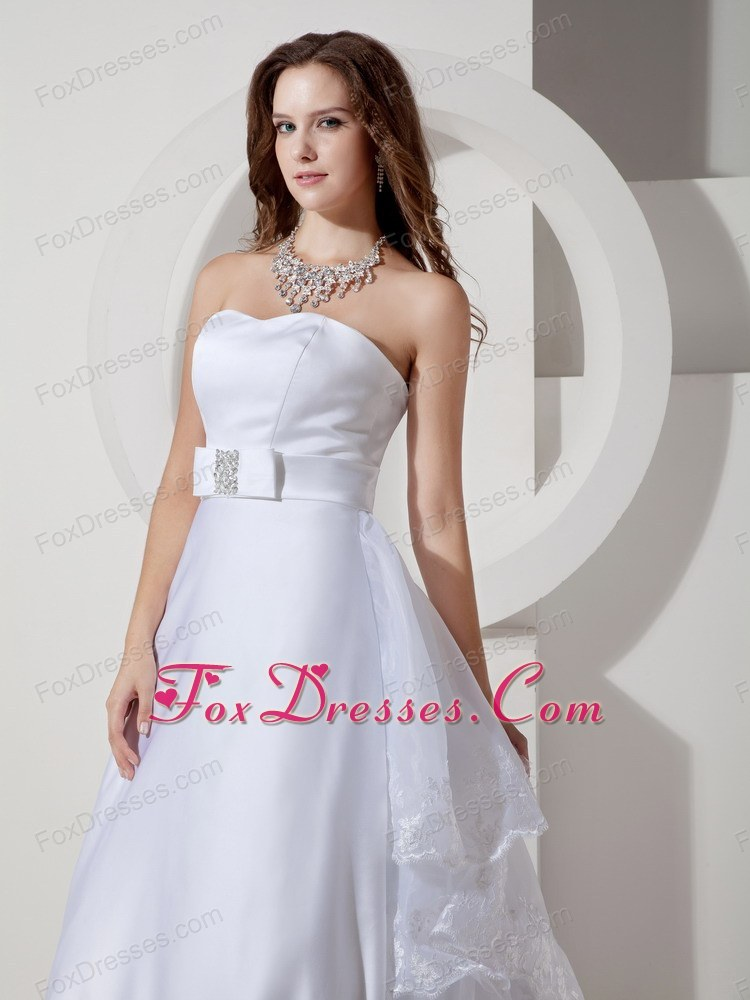 fashionable court train end of year bridal dresses
