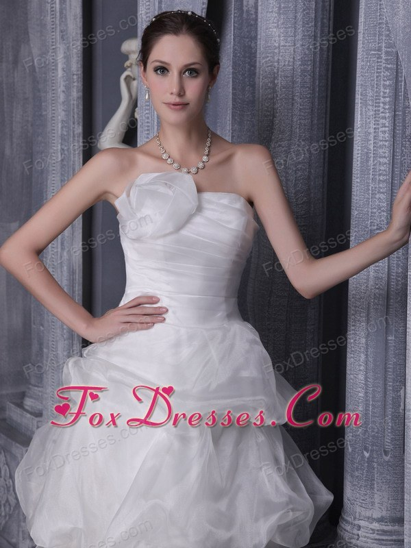 2015 where to buy sleeveless wedding gown dress